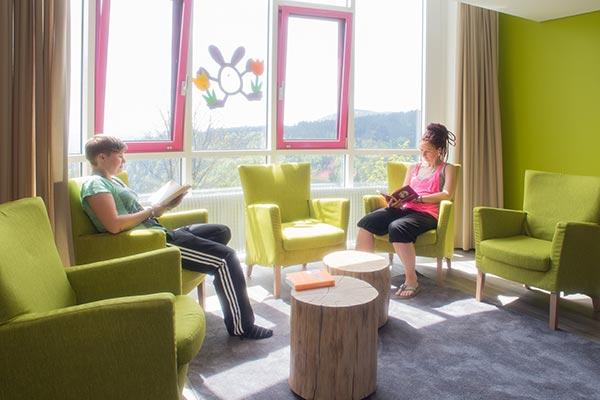 klinik ausstattung mutter kind kur schwarzwald. Black Bedroom Furniture Sets. Home Design Ideas